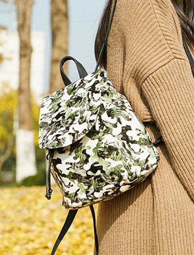 Retro floral printed mini backpack